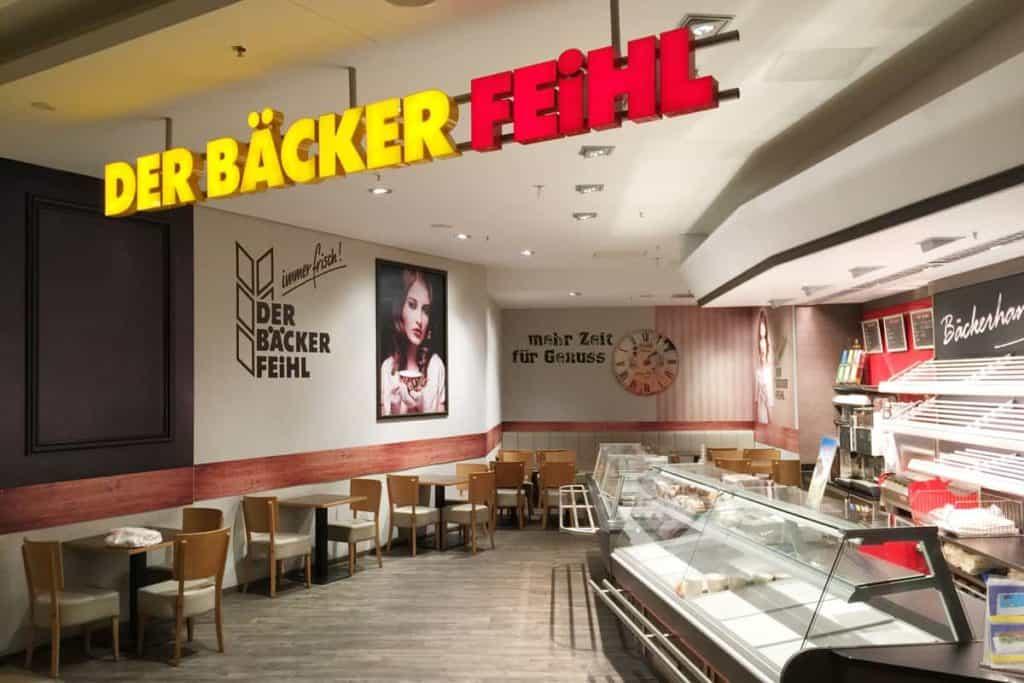 Facelift Der Bäcker Feihl Willmersdorf Arcaden, Leuchtbuchstaben