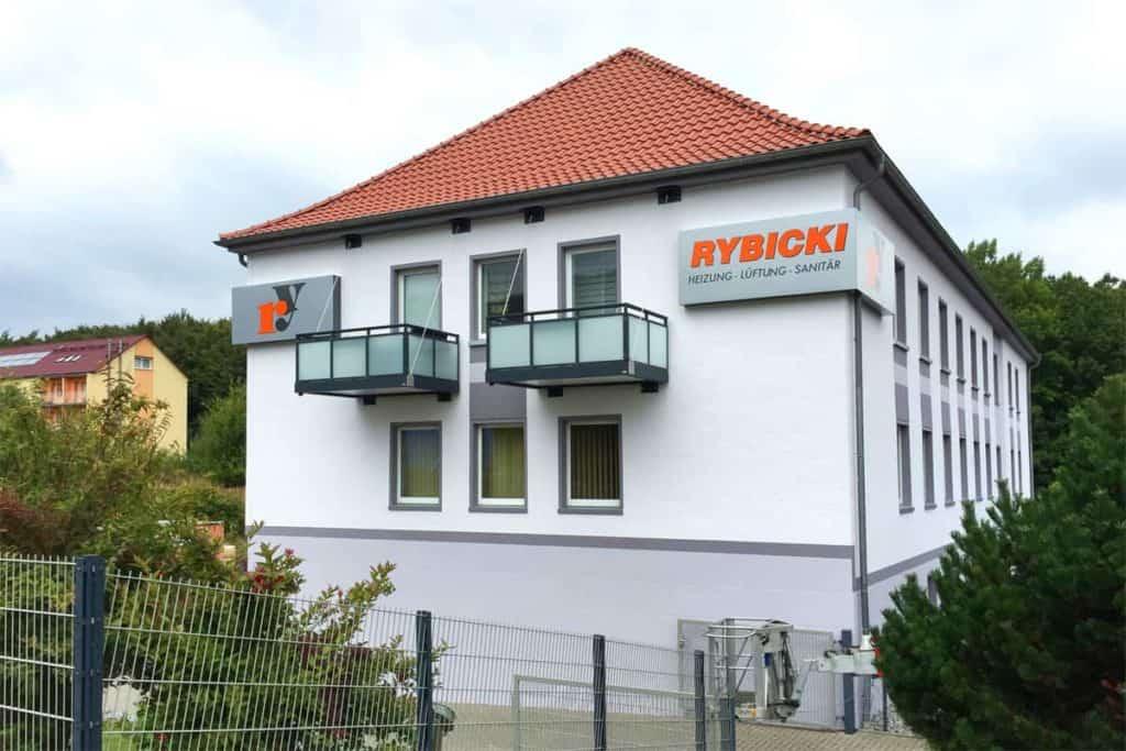 Fassadenwerbung HLS-Rybicki in Bischofferode