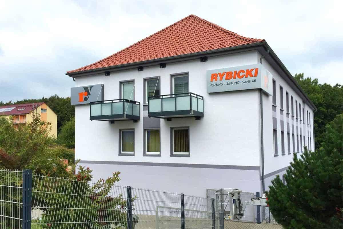 Fassadenwerbung HLS Rybicki, Heizung, Lüftung und Sanitär 2