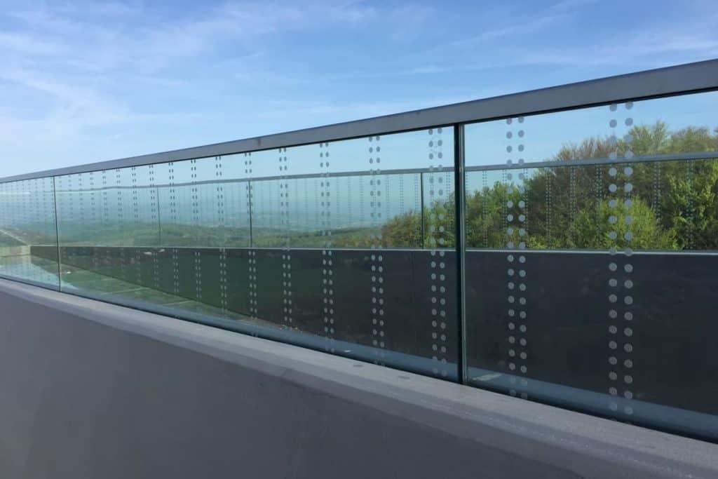 Folienverklebung Vogelschlagschutz Skywalk Sonnenstein, 3M Scotchal Glasdekor