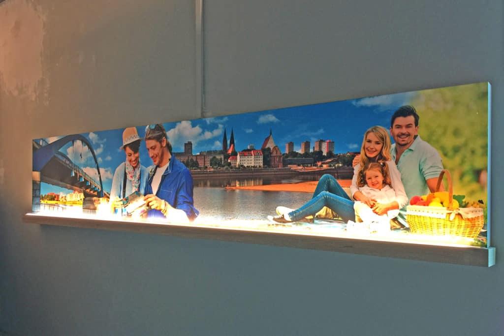 Interieur Bildelement Rewe Frankfurt Oder, Digitaldruck schuztkaschiert auf Möbelplatte