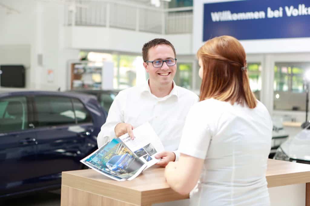 Fotografie Autohaus VW Albertsmeyer Nordhausen Infostand