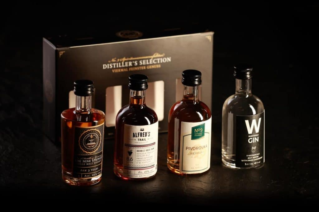 Produktfotografie Whisky Geschenkset Brauerei Neunspringe