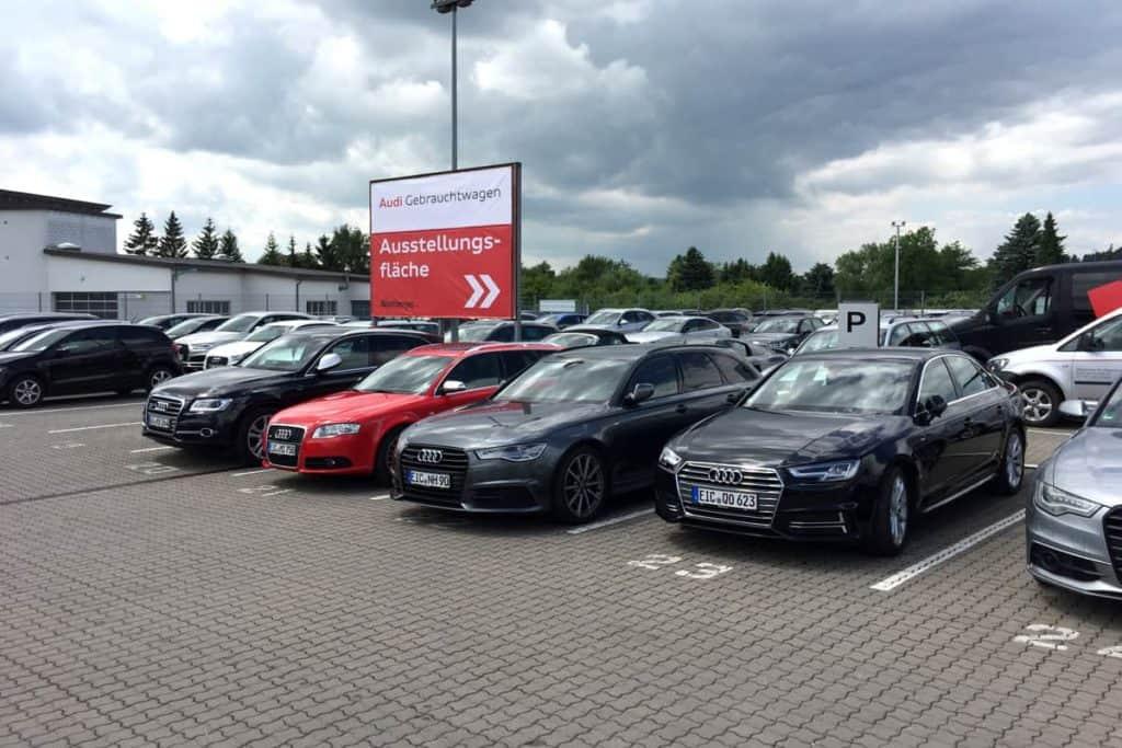 Großformatdruck Albertsmeyer Autohaus Leinefelde Parkplatz