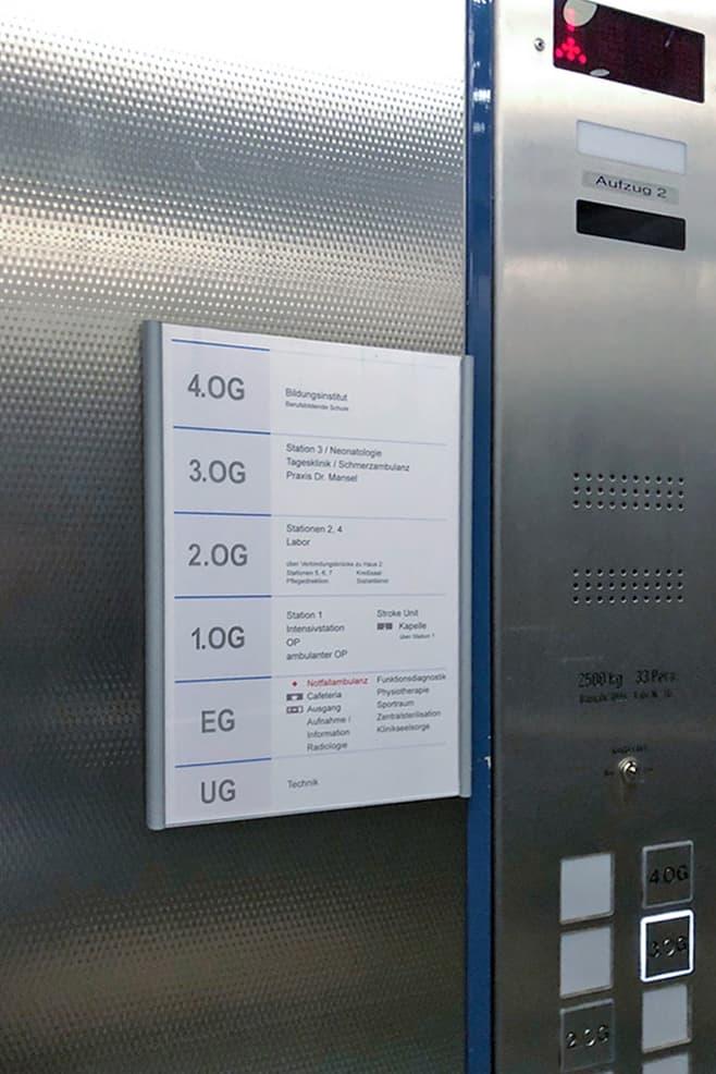 Informationsbeschilderung  Fahrschulbeschriftung Eichsfeld Klinikum 7