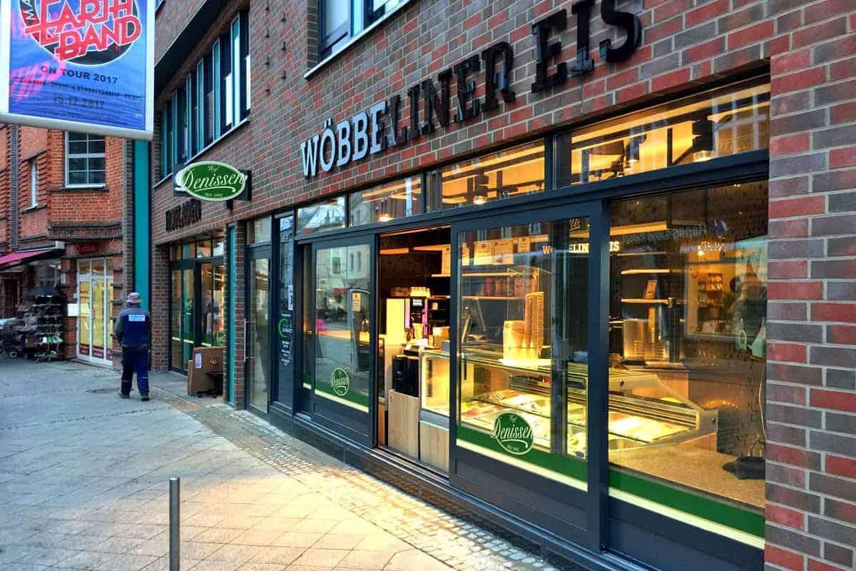 Lichtwerbung, Ausleger Hofladen Denissen Schwerin 2