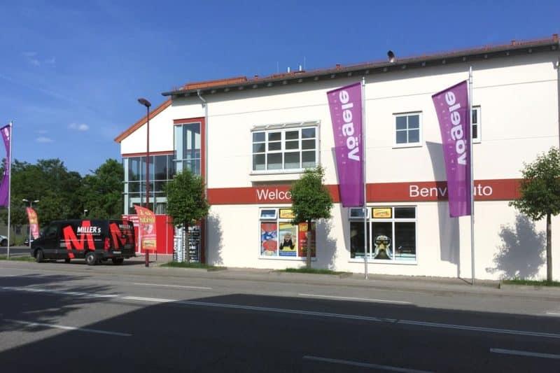 Lichtwerbung Leuchtband Einkaufszentrum Mühlhausen