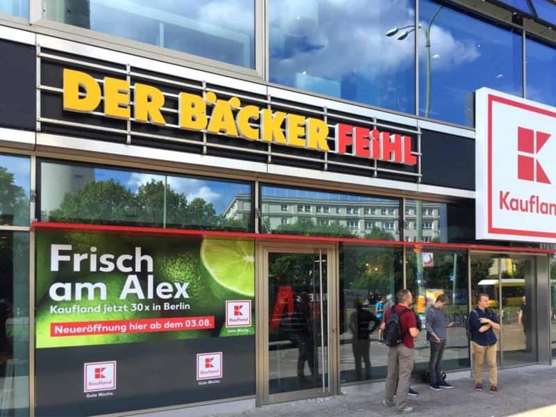 Lichtwerbung Leuchbuchstaben Der Bäcker Feihl Berlin Mitte