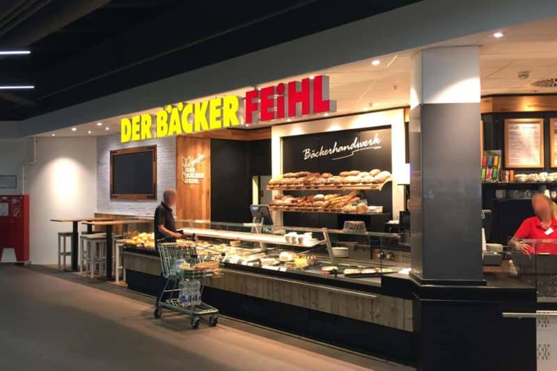 Lichtwerbung Leuchbuchstaben Der Bäcker Feihl Biesdorfcenter