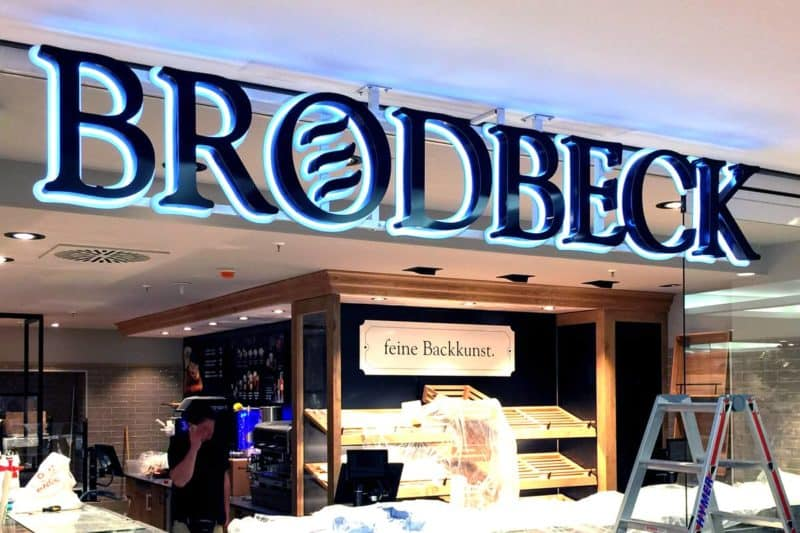 Lichtwerbung Bäckerei Brodbeck
