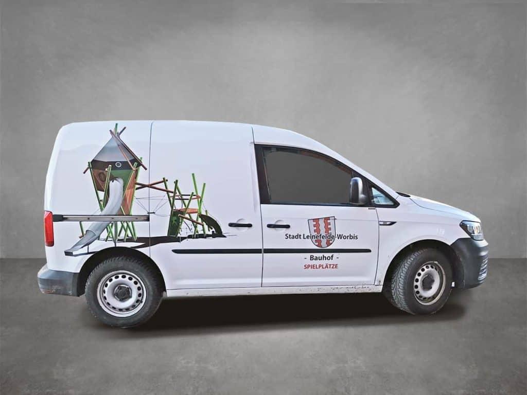 Konturig geschittener Digitaldruck auf Fahrzeug der Stadt Leinefelde-Worbis - Seitenansicht rechts