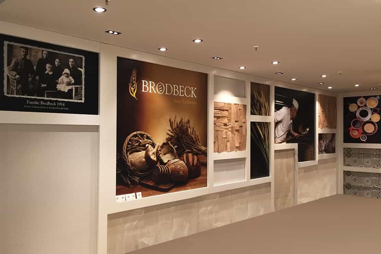 Wandgestaltung Bäckerei Brodbeck Berlin, Digitaldruck, Schutzkaschierung