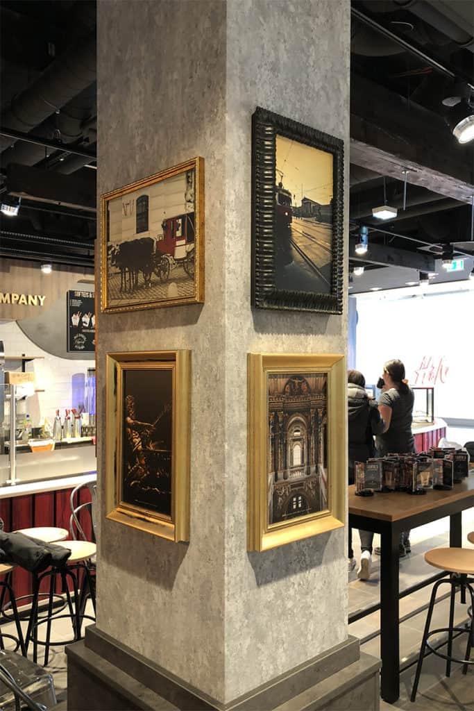 Interieur Wandgestaltung Coffeeshop Company Gropius Passagen, individuelle Bilderrahmen