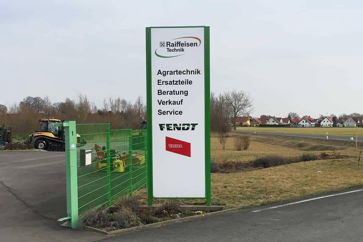 Werbepylon Raiffeisen Mühlhausen