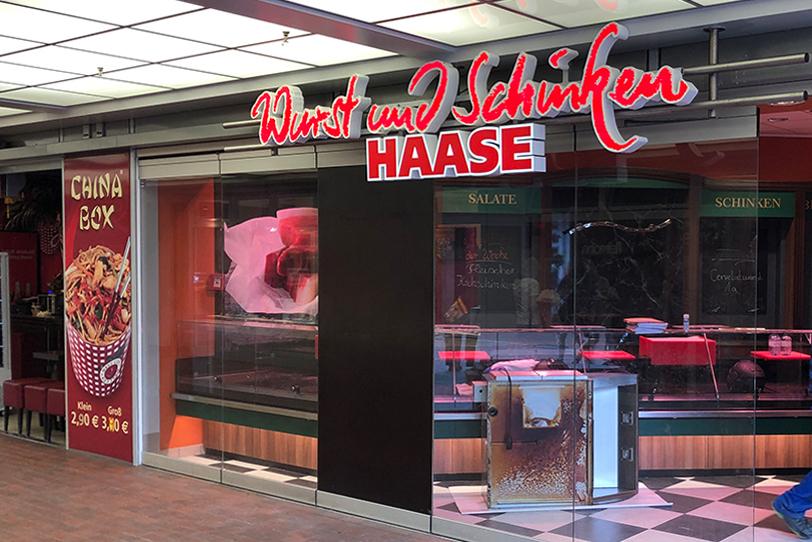 Lichtwerbung Fleischerei Haase Berlin